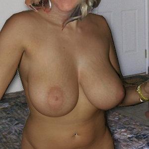 thick blonde...lookin for bbc AL area </3
