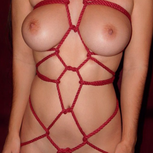 Red Rope Tie1