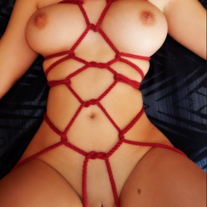 Red Rope Tie2.png