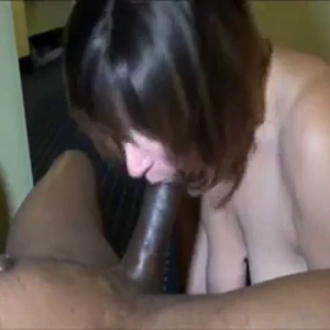 A older woman takes it in the Ass