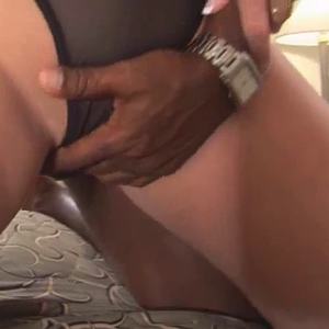 Hot Wife likes it bareback , and creampied