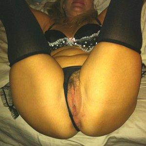 Spread Black N Lace