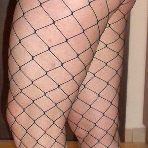 Hotwife in fishnet