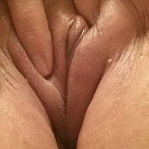 fresh shaved pussy