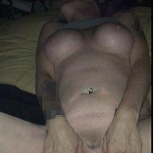 spreading my pussy