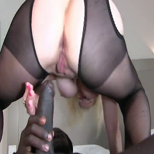 HotWifes gets BBC Anal