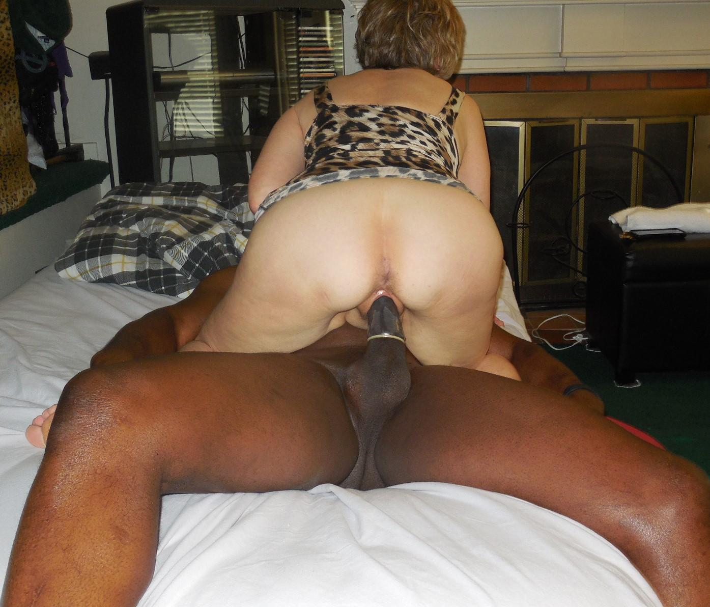 farmgirl-pussy-shy-mature-wife-goes-black